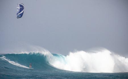 Bruce Marks kitesurfing huge wave